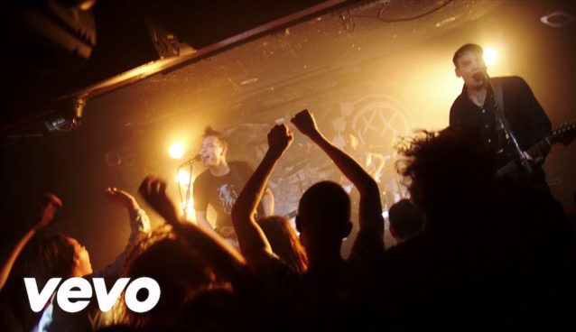 blink-182 - Bored To Death (Official Video) - YouTube