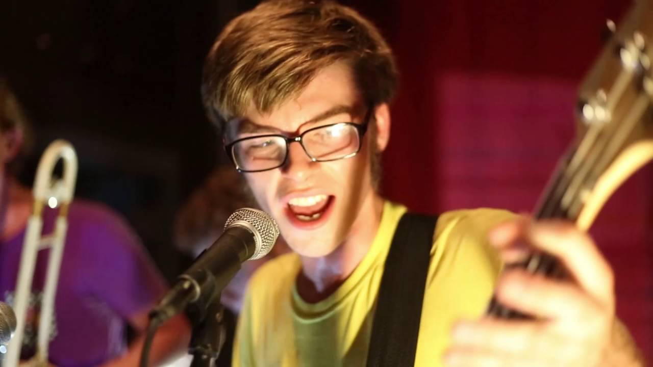 踊れる音楽とはこういうこと!スカパンクバンド「Fairhaven」のライブ動画がYouTubeにアップされました!